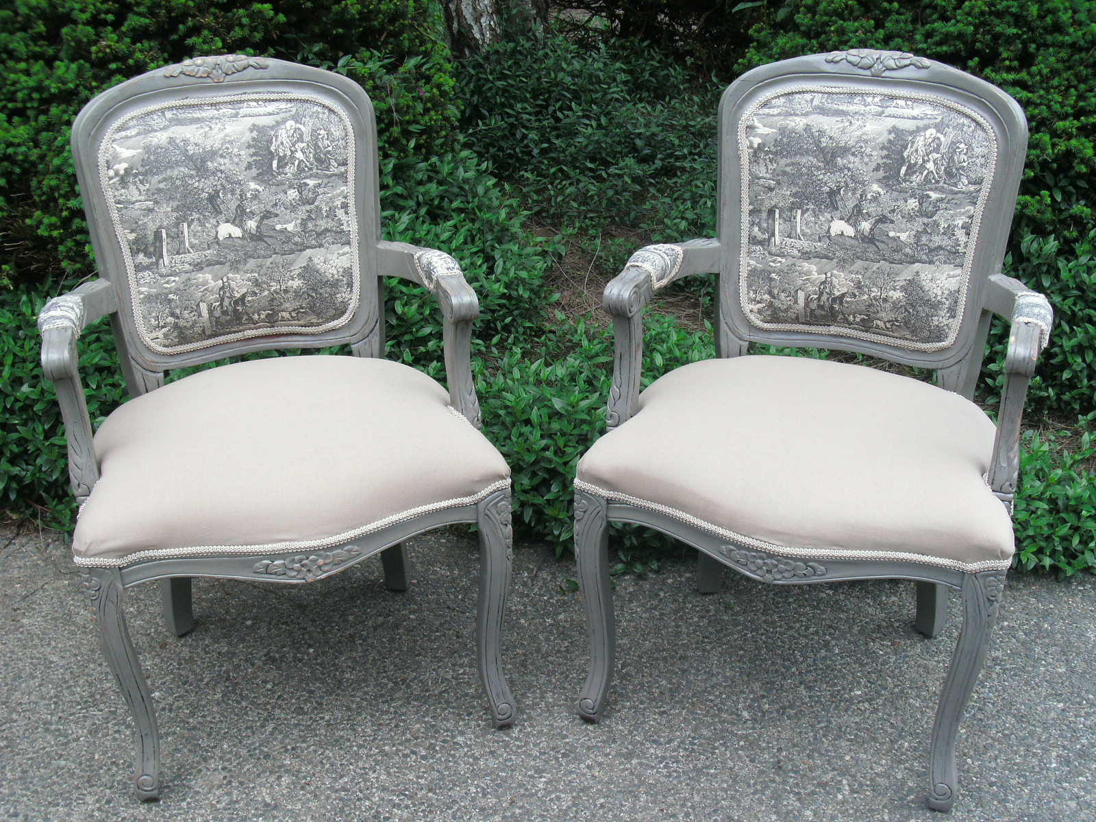 A Touch of Mink: Slate Gray Toile French Chairs----Pretty!!!!