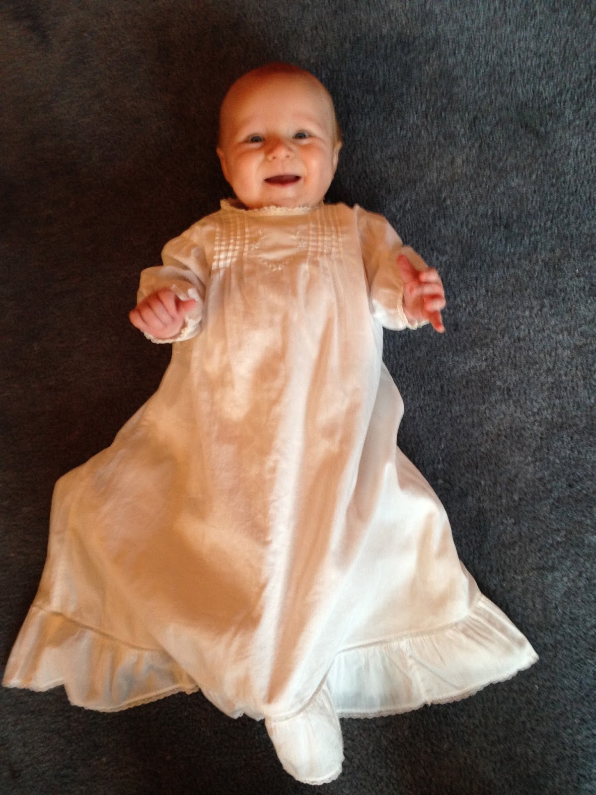 A Catholic Mother\'s Thoughts: The Heirloom Baptismal Gown