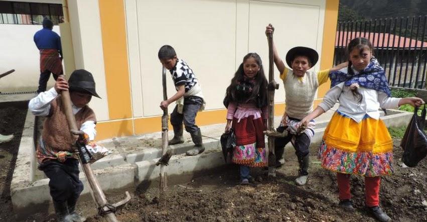 QALI WARMA: Comunidad educativa de Racracalla ejemplo de compromiso con el servicio alimentario del programa social - www.qaliwarma.gob.pe