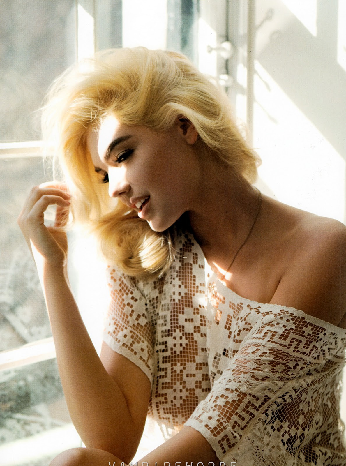 This Italian It Girl Is Your New Style Muse: Kate Upton Muse Magazine Photo Shoot