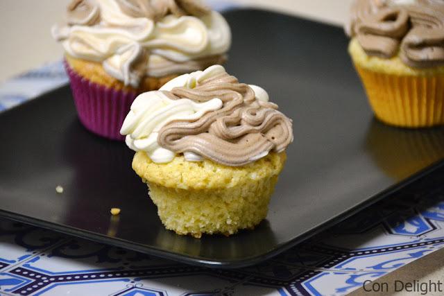 קאפקייקס שוקולד חלב ולבן white and milk chocolate cupcakes