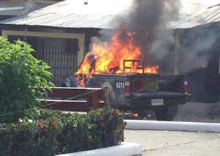 Honduras: Pobladores queman patrulla de la Policía Militar en Olancho