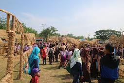 Ribuan Pengunjung Serbu Festival Jerami Banjarejo