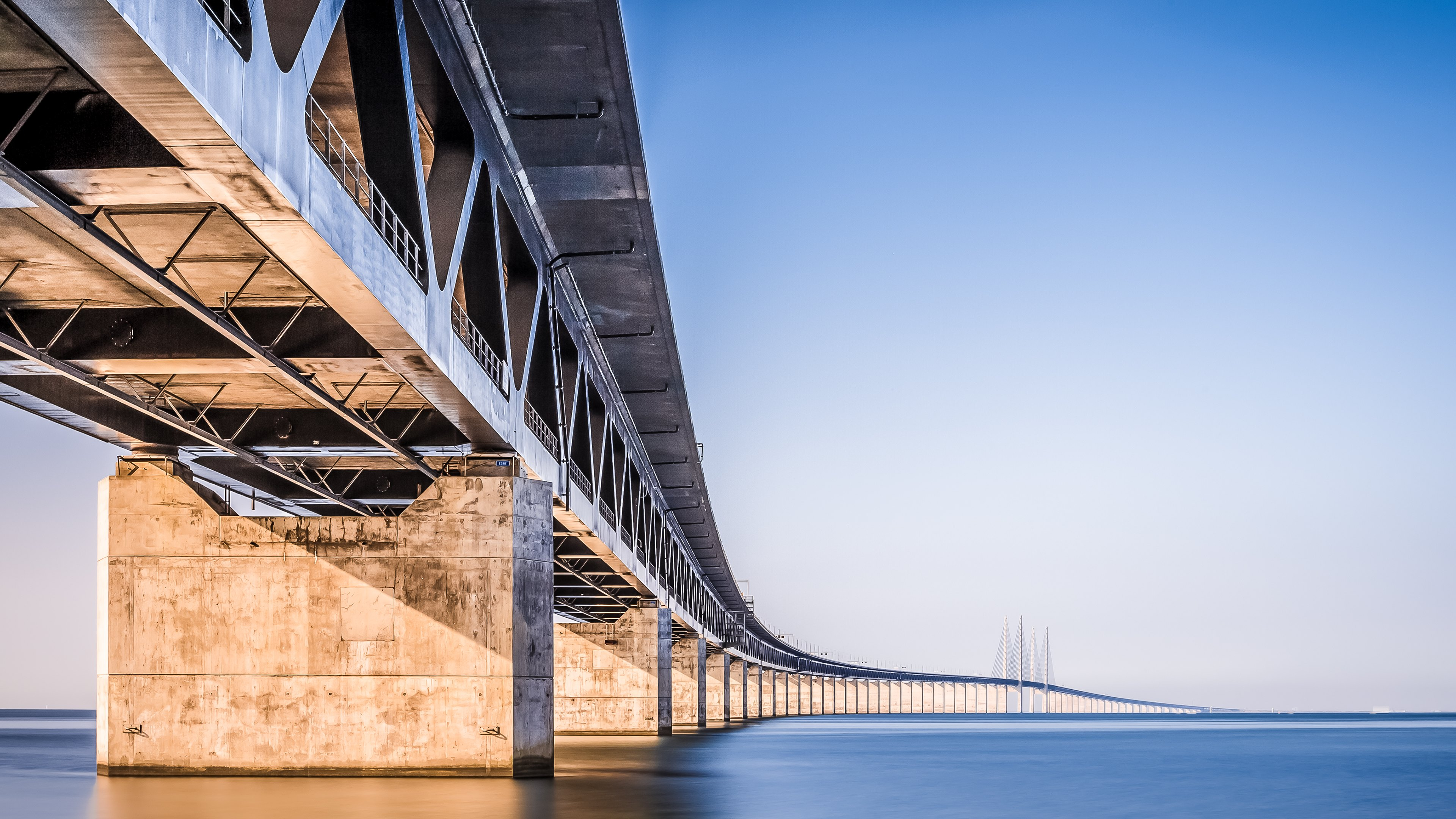 Oresund bridge hd wallpapers 4k macbook and desktop for Architecture 4k wallpaper