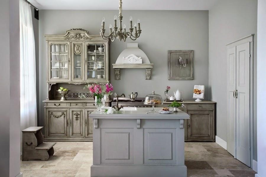 Szarość we francuskim stylu, wystrój wnętrz, wnętrza, urządzanie domu, dekoracje wnętrz, aranżacja wnętrz, inspiracje wnętrz,interior design , dom i wnętrze, aranżacja mieszkania, modne wnętrza, styl francuski, styl rustykalny, glamour, szarości, kolor szary, szare wnętrza, eleganckie wnętrza, beżowe wnętrza, kuchnia, projekt kuchni