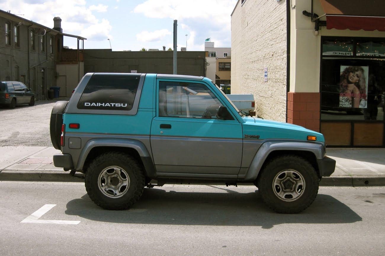 OLD PARKED CARS.: 1990 Daihatsu Rocky