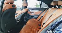 Mercedes C300 AMG 2019 nội thất nâu da Bò thể thao không kém phần sang trọng