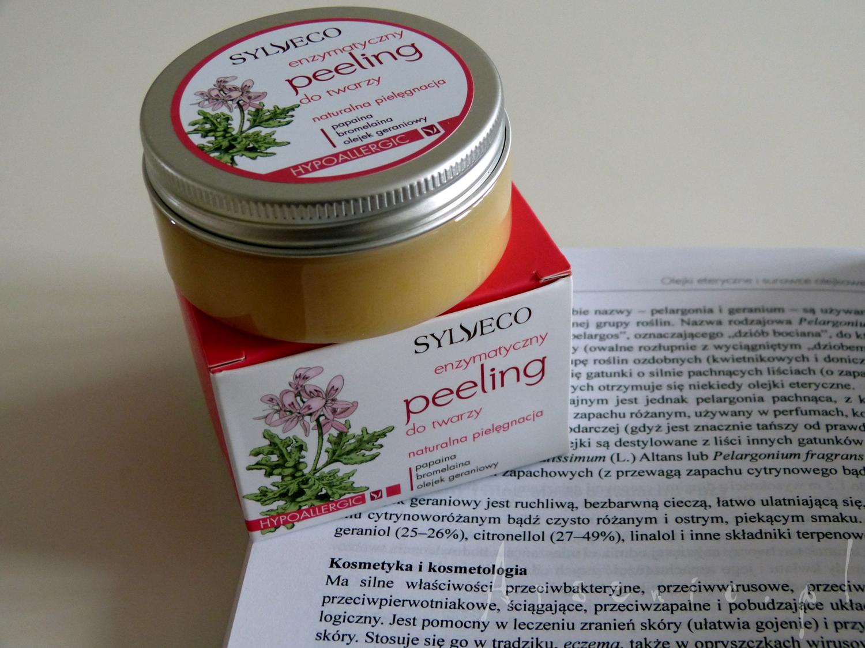 Sylveco peeling enzymatyczny - nie wiesz co z nim zrobić? Masz aktywny trądzik a do tego wrażliwą cerę? Przeczytaj to!