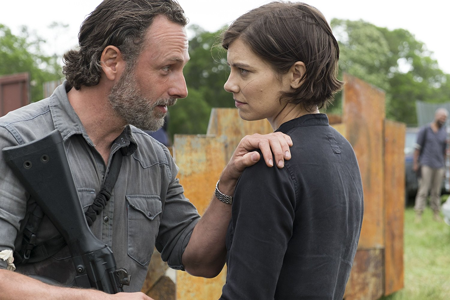 Rick y Maggie en el episodio 8x01 de The Walking Dead