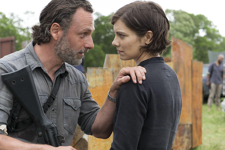 Rick y Maggie en el episodio 8x01 de The Walking Dead