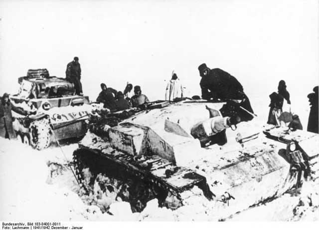 German StuG III and Panzer III in the snow, December 1941 worldwartwo.filminspector.com