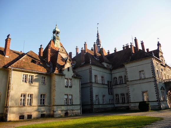 Чинадієво. Замок графа Шерборна