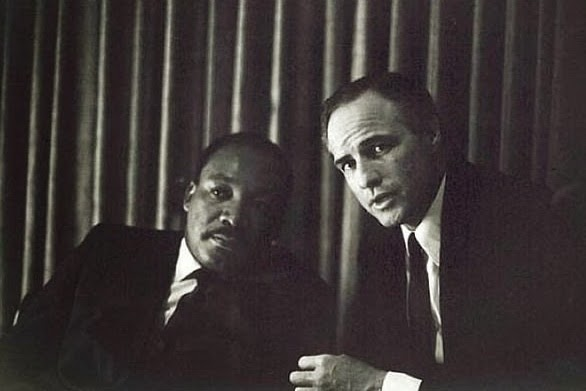 64 Historical Pictures you most likely haven't seen before. # 8 is a bit disturbing! - Martin Luther King,Jr and Marlon Brando (The Godfather)