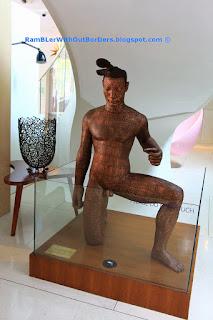 Sculpture, New Majestic Hotel, Bukit Pasoh St, Singapore