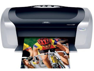 impresora epson, impresora nueva, imprimiendo, impresora imprimiendo, imprimiendo,una impresora y una hoja de papel, una impresora de color gris y negro, epson printer, new printer, printing, printer, printing, printing, printer and a sheet of paper, printer, gray and black