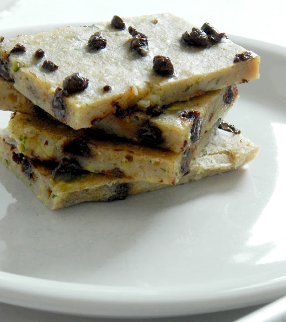 Chocolate Chip Zucchini Snack Bars...a healthier sweet treat when we need that little pick-me-up.  Soft, chewy, sweet and there's chocolate! (sweetandsavoryfood.com)