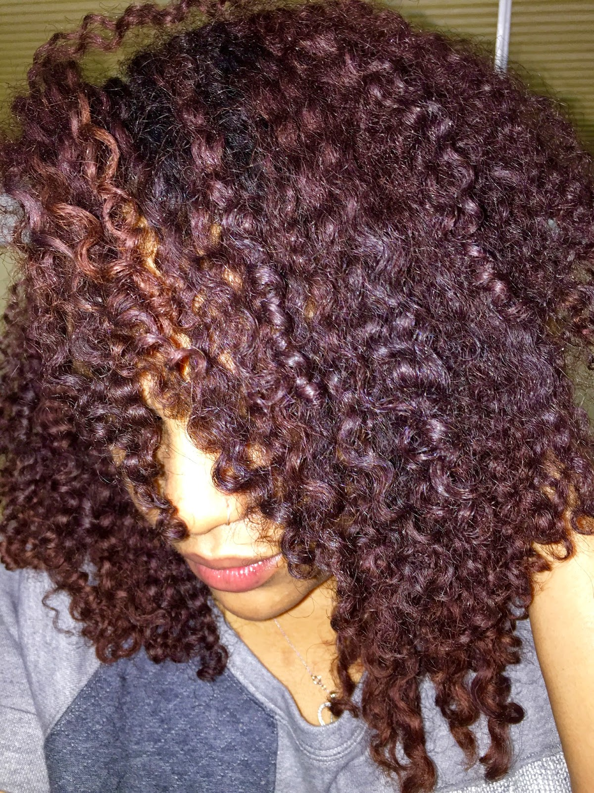 Curl Care 101: Defining Curls, Managing Frizz & Maximizing Moisture