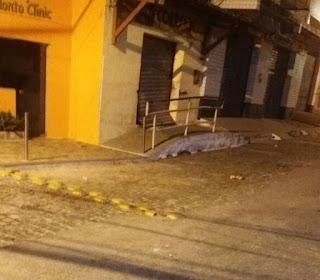 Quadrilha arromba agência dos Correios no interior do RN, faz moradores reféns e levam o cofre