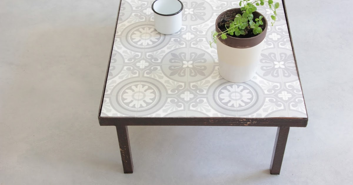 Regardsetmaisons ma table basse fa on carreaux de ciment diy for Table de jardin en ciment