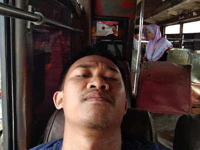 Bus Jurusan Cikarang - Karawang