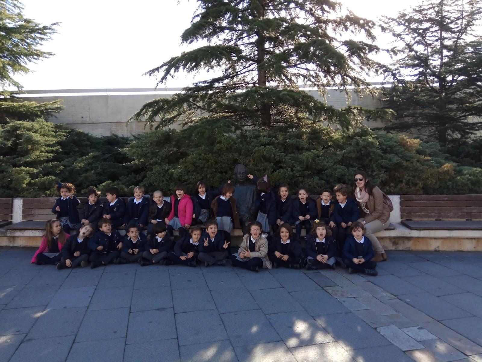 Agustinas Valladolid - 2017 - Infantil 4 - Museo de la Ciencia 3