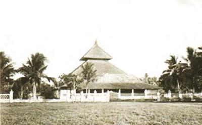 Silsilah, Letak Geografis, Peninggalan dan Raja Pertama Pendiri Kerajaan Islam Demak yang Menjadi Kerajaan Islam Pertama di Pulau Jawa