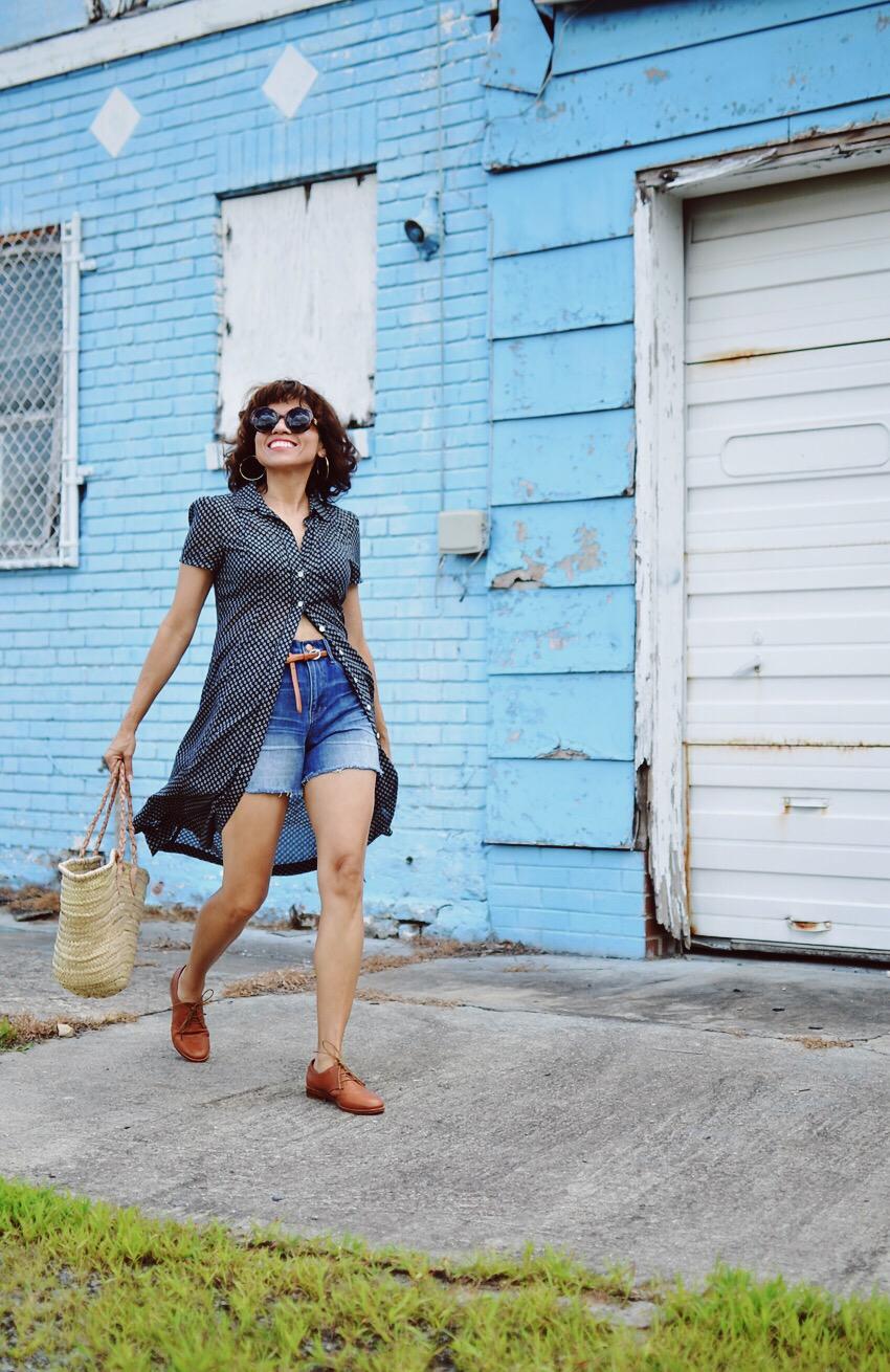 High-Rise Denim Shorts Street Style