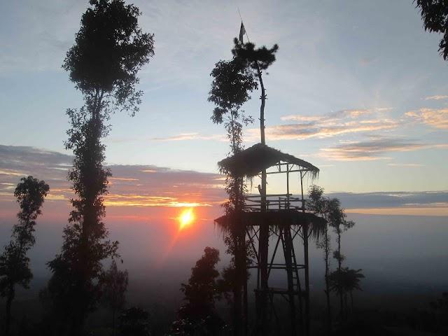 Menikmati Sunrise di Sindhumoyo Temanggung