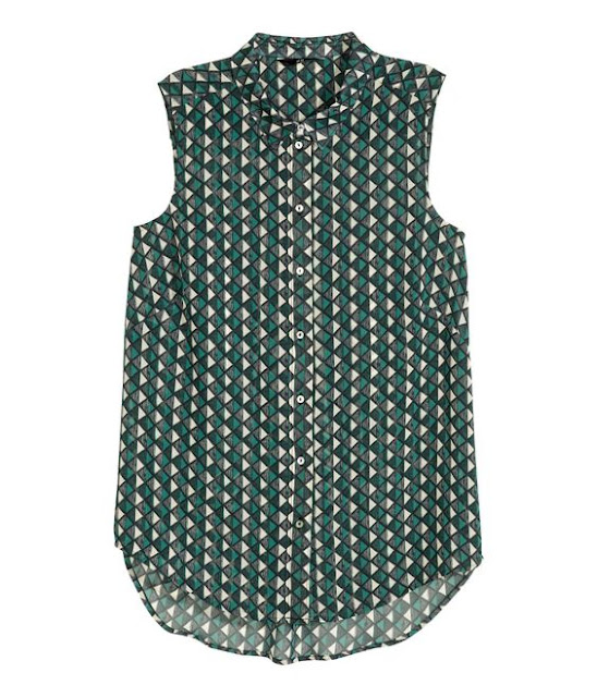 Spring/Summer Capsule Wardrobe: Five Tops for Work from Honey and Smoke Studio // Sleeveless Chiffon Blouse in dark green/patterned from H&M