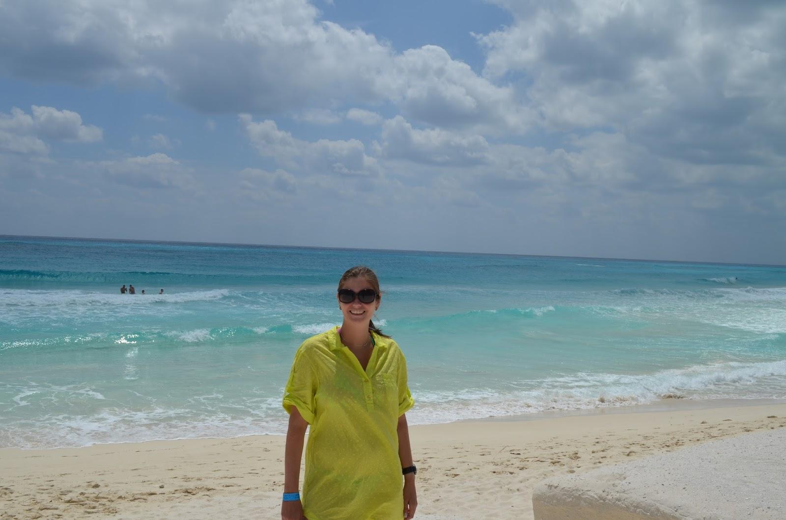 Praia em frente ao Krystal