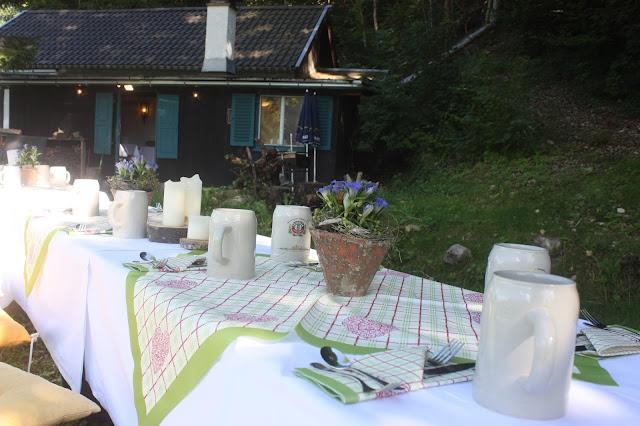 Hüttenhochzeit, Trachtenhochzeit in den Bergen von Bayern, Riessersee Hotel Garmisch-Partenkirchen, Wedding in Bavaria
