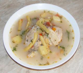 bors de pui cu legume, mancaruri cu pui, fasole verde cu pui, retete culinare, retete ciorbe, borsuri, bucataria romaneasca, bors taranesc,