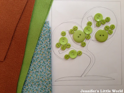 Green felt and button tree framed picture craft