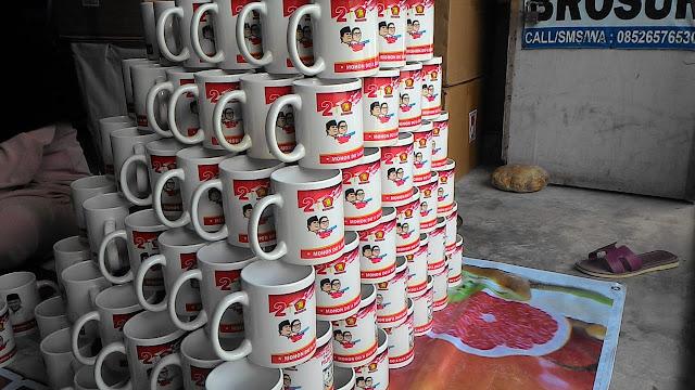 mug panam,mug pekanbaru,mug souvenir pekanbaru,mug souvenir panam,souvenir mug panam,mug panam,mug sablon pekanbaru,pekanbaru mug,mug pekanbaru, daftar harga mug pekanbaru,