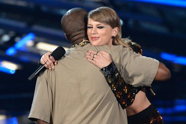 Kanye West  winning VMA awards the rapper criticized and apologized to Taylor Swift