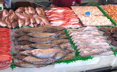 Harga Ikan di Pasar Pariaman Menjujut
