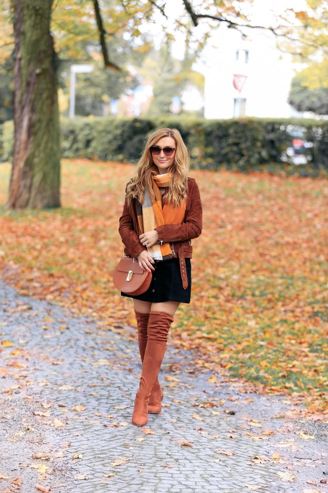 Fashionstylebyjohanna-fashionblog-Frankfurt-blogger-fashionblogger-bloggerdeutschland-lifestyleblog-modeblog-muenchen-germanblogger-styleblog-cordrock-a-la-streetwear-chic
