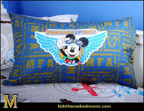 airplane theme bedroom - Aviation themed bedroom ideas - airplane bed - airplane murals - airplane room decor - Airplane rooms - airplane theme beds - airplane decor