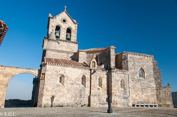 Iglesia de San Vicente en Frias, el pueblo mas pequeña de España