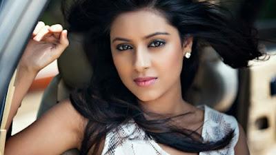 Biodata Lengkap Pratyusha Banerjee Pemain Sinetron Anandhi Dewasa ANTV