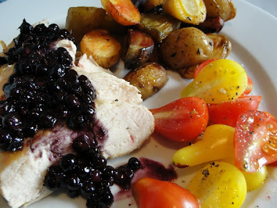 chicken and blueberry sauce