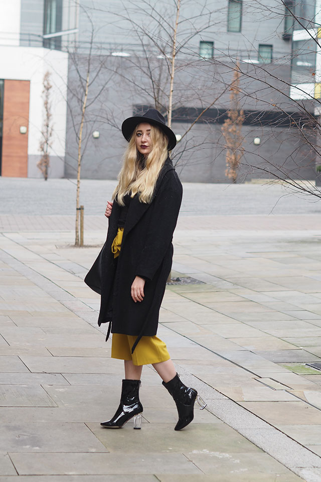 how to wear yellow fashion blog