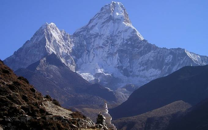 gunung everest di himalaya