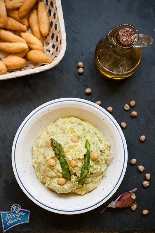 Hummus z ciecierzycy i szparagów