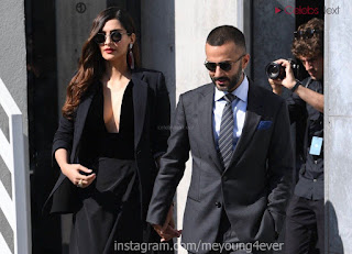 Sonam Kapoor looks absolutely fabulous in Black   .xyz Exclusive 022.jpg