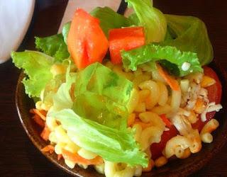 tips-mengambil-salad.jpg