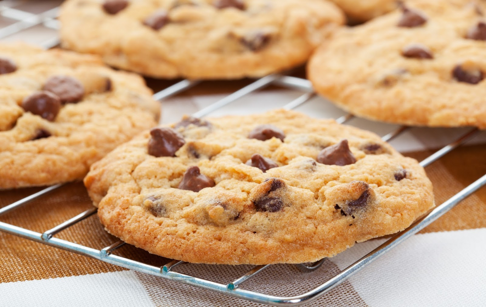 Classic Chocolate Chip Cookies - The Country Cook