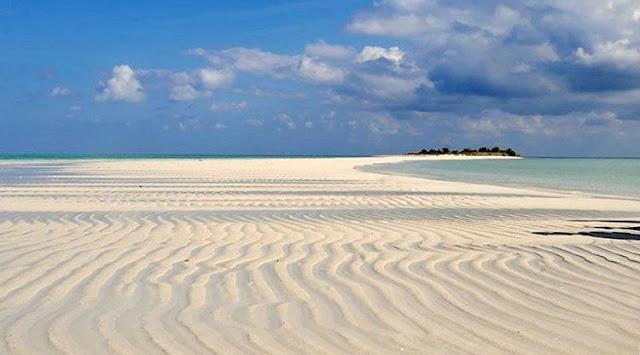 foto keren pulau bawean gresik