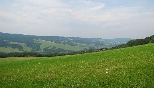 Widok w kierunku wsi Petrová.