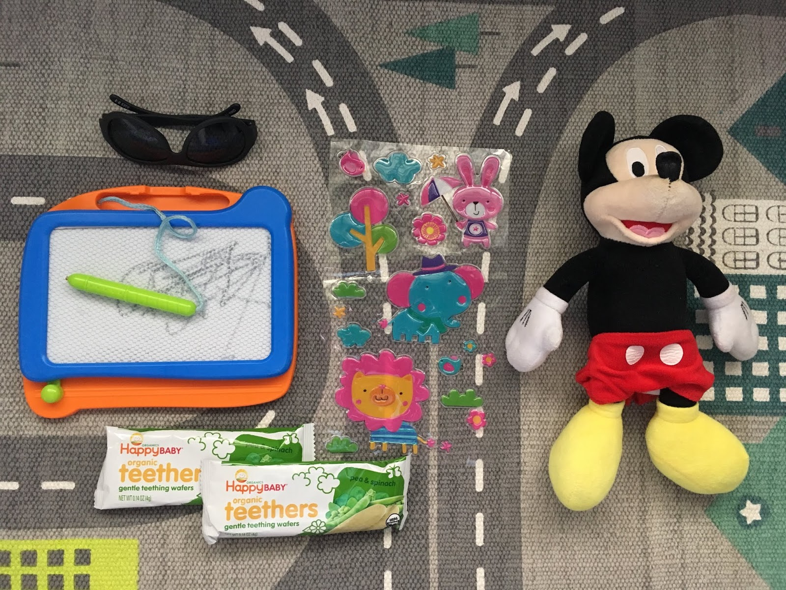 toddler plane road trip things you need